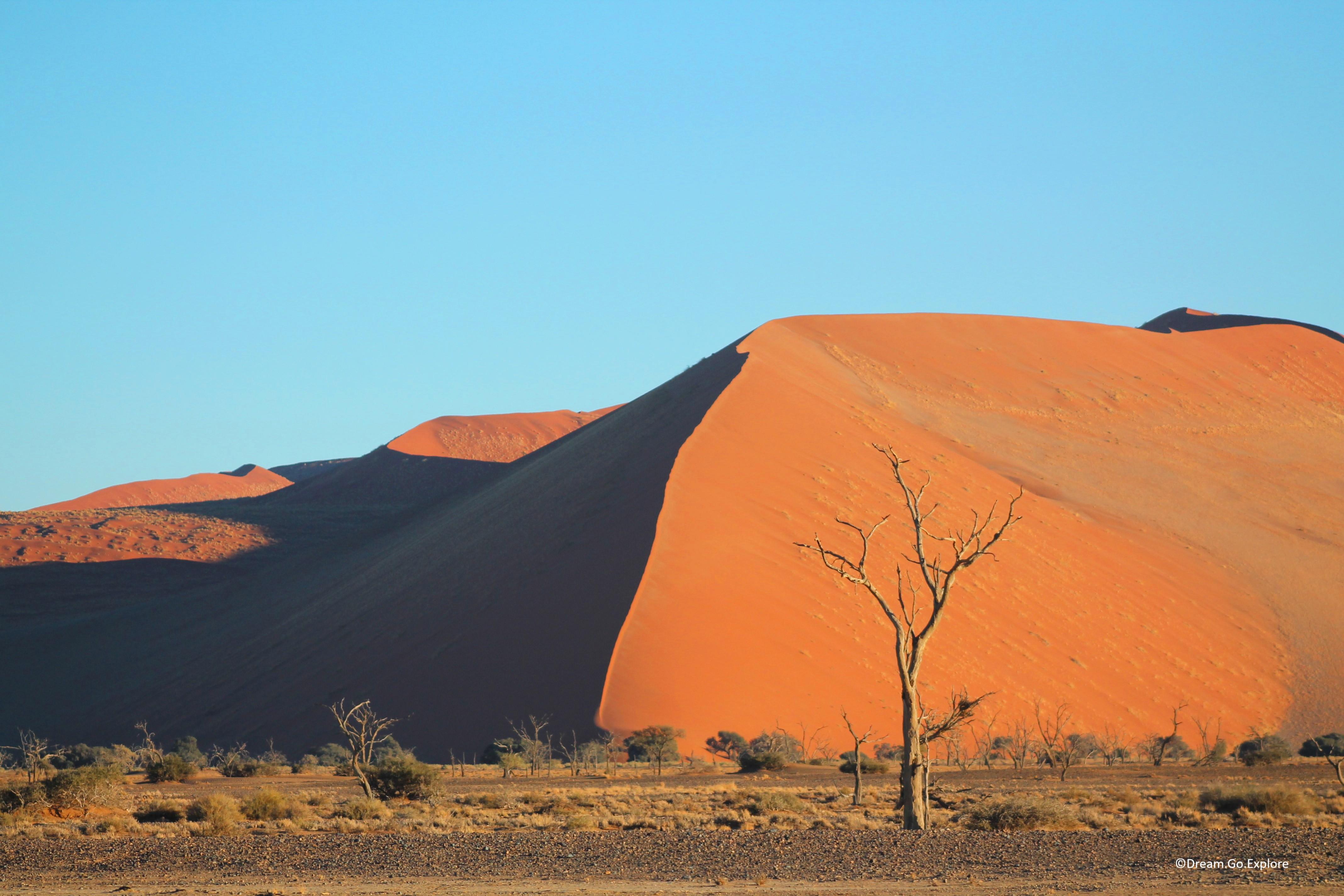 Magic of Sossusvlei (Namibia) – Der Zauber von Sossusvlei (Namibia)