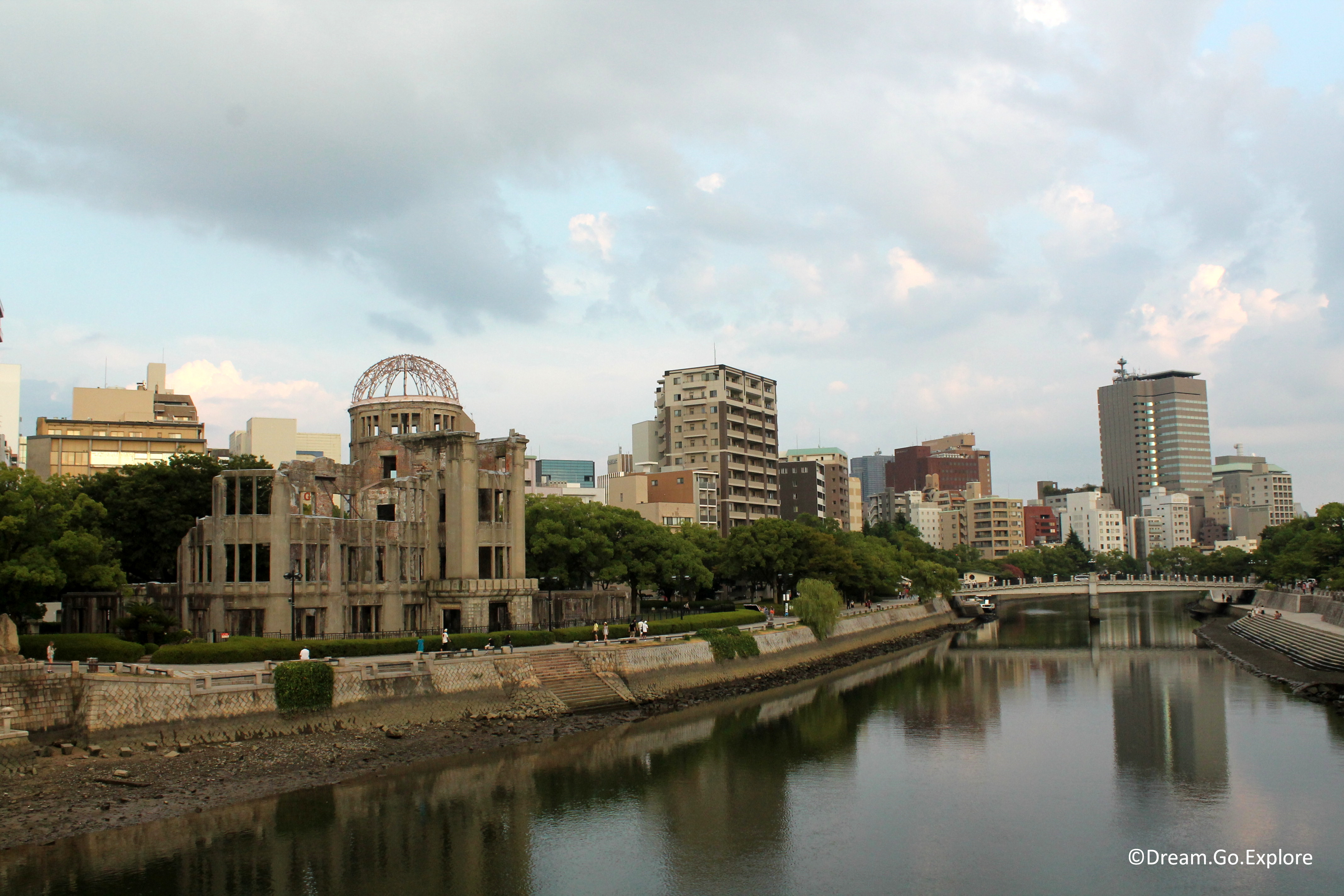 Hiroshima – A symbol of hope and peace (Japan) – Hiroshima – Ein Symbol für Hoffnung und Frieden (Japan)